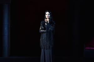 Addams-family_-300x200